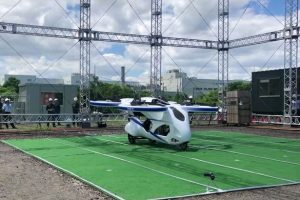 0_New-Japanese-Flying-Car-Gets-Off-the-Ground-for-About-a-Minute (1)
