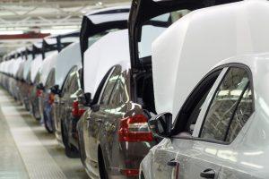Заводът ще прави средно големи седани VW Passat и Skoda Superb, за да създаде мост за увеличаване на продажбите в Източна Европа и Близкия изток. Bloomberg