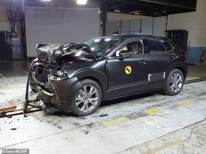 20948220-7680445-Images_show_the_wrecked_cars_having_endured_multiple_collision_t-a-12_1573664067107
