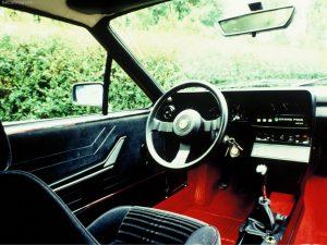 Alfa_Romeo-Alfetta_GTV_2.0-1976-1024-03