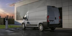 fiat-e-ducato-e-transporter-electric-transporter-2020-04-min