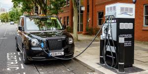 esb-ev-solutions-ladestation-charging-station-grossbritannien-uk-birmingham-2020-01-min