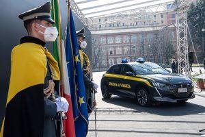 NUOVA PEUGEOT e-208 AL SERVIZIO DELLA GUARDIA DI FINANZA (16)