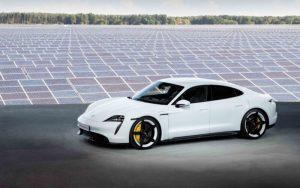 Електрическия Porsche Taycan