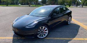 Tesla-Model-3-chrome-delete-1-e1602189413666