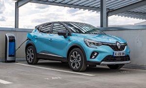 Европейските продажби на малкия SUV Renault Captur, показан в хибридна версия, са се увеличили с около 50% през първата половина на 2021 г. в сравнение с 2020 г.