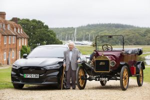 101-year-old-man-drives-mustang-mach-e-nearly-a-full-century-after-first-driving-a-model-t-167859_1