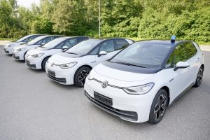 vw-id3-police-cars-getting-ready-to-serve-and-protect-in-germany_2