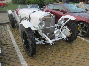 Рядък Mercedes-Benz от началото на миналия век...