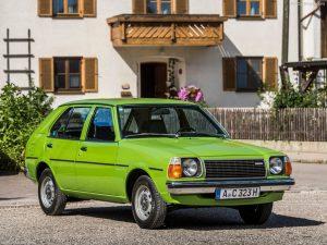 Mazda-323-1979-1024-04
